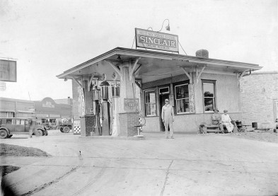 Cloice Meeker's Sinclair Station, Eskridge, Kansas