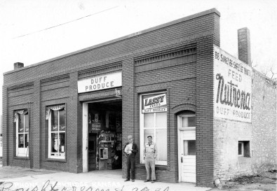 Duff Produce, 100 Main, Eskridge, Kansas