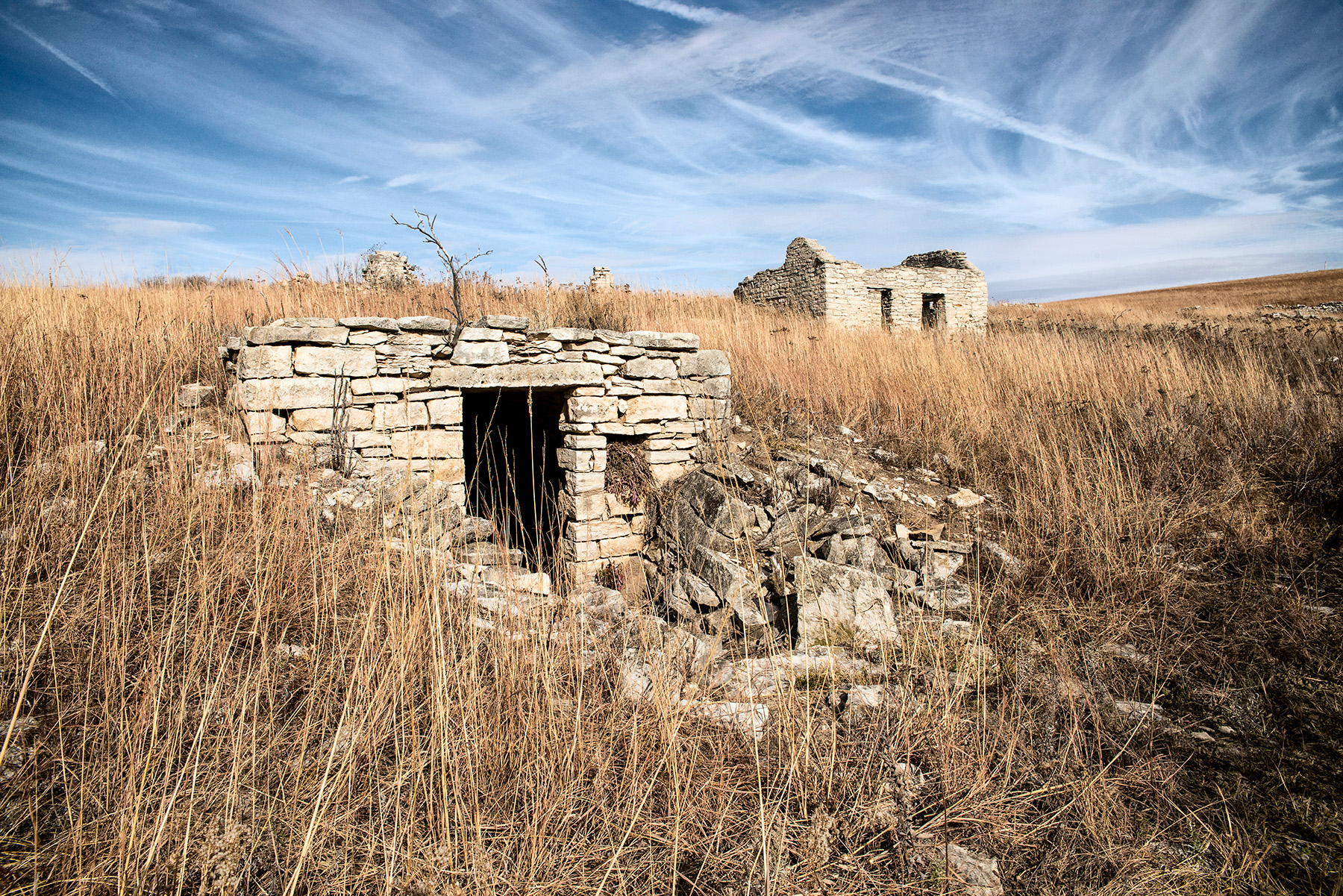 View photographer Tom Parish's unique views of Flint Hills caves and cellars.