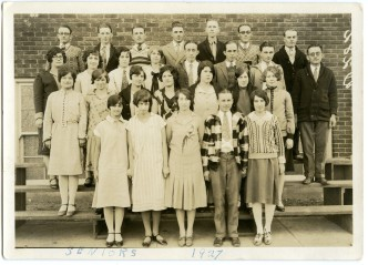 Graduating seniors from Eskridge Rural High School, Class of 1927