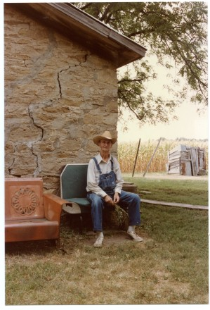 "Edgar ""Slim"" Sargent sits at his home at Dover, Kansas in the summer of 1984."