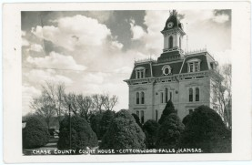 This real photo postcard of the Chase County Courthouse at Cottonwood Falls, Kansas bears a postmark of 1952.