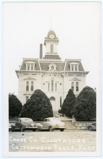 This real photo postcard of the Chase County Courthouse at Cottonwood Falls dates from the 1940s.