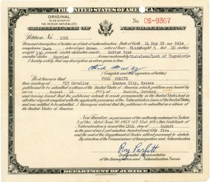 "This certificate of naturalization was presented to Fred Meditz on August 16, 1955 by the Office of Immigration and Naturalization in Munich, Germany. Notice that it lists Fred's former nationality as ""stateless""."