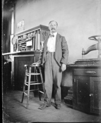 Born in Kentucky in 1841, Matt Thomson moved to Kansas with his family in 1856. In 1887 Thomson founded The Alma Signal newspaper, where he appears in this early 1900s photograph.