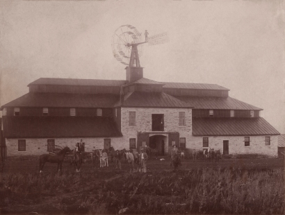 The Wiser barn, constructed in 1884, stood three-stories tall and sported a windmill protruding from the roof. (Image courtesy the Ellen Coffman Collection courtesy Michael Stubbs)