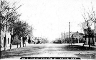 This Bowers view of Missouri Street, looking south from the 400 block was taken in about 1908.