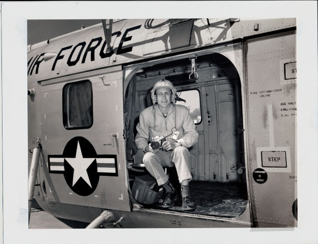 1961---DAVE MATHIAS WITH GDA READY TO FLY