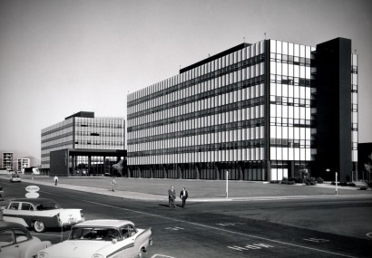 Dave Mathias took this photo of the General Dynamics Astronautics offices in San Diego in 1964.