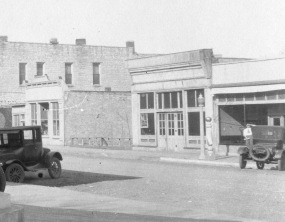 The building seen in the center of this photo, located at 310 Missouri Street in Alma, Kansas, was constructed for Louis and Gus Schroeder in 1902. When this photo was taken in 1925, the fire department occupied the building.